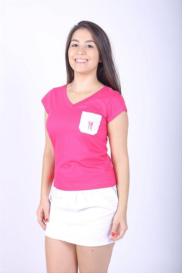 Camiseta Feminina Rosa com Bolso Branco