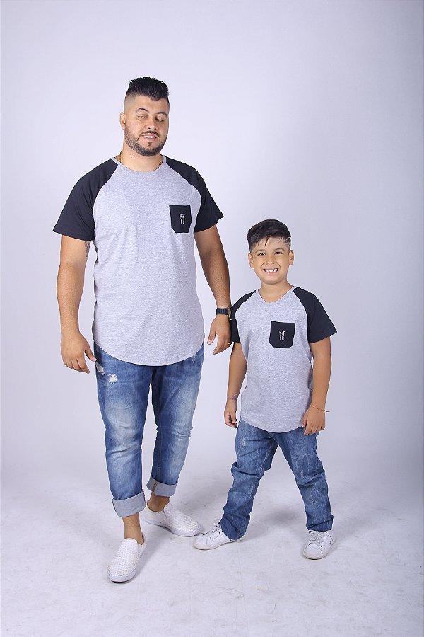 PAI E FILHO > 02 Camisetas Cinzas Com Bolso Preto Raglan Long [Coleção Tal Pai Tal Filho]