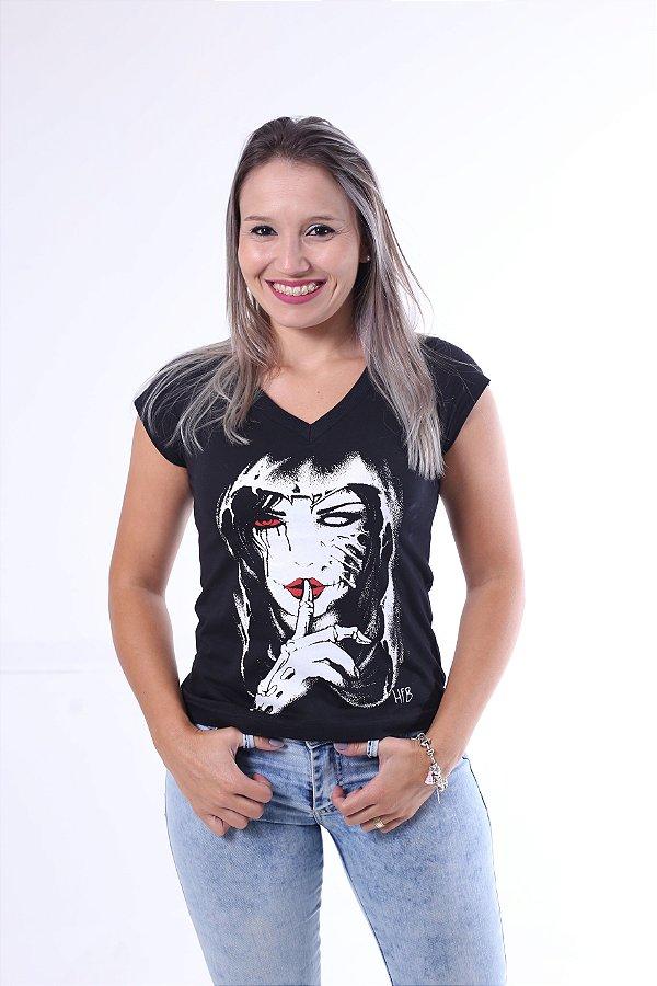 Camiseta Feminina Preta - Silêncio