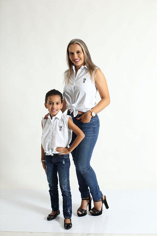 MÃE E FILHA > Kit 02 Camisas Social Adulto e Infantil Branca [Coleção Tal Mãe Tal Filha]