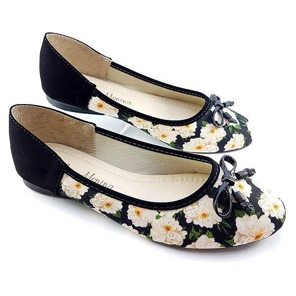 Sapatilha Preta Nobuck Flores Brancas e Laço Preto E44-0887