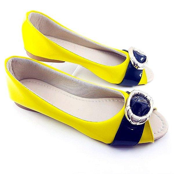 Sapatilha Peep Toe em Verniz Amarelo e Preto e ABS - E44-1016