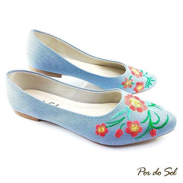 Sapatilha em Tecido Jeans Claro Bordado Floral - SP2141