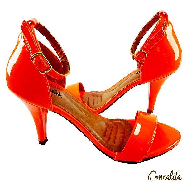 Sandália em Verniz Laranja Neon - E39-340