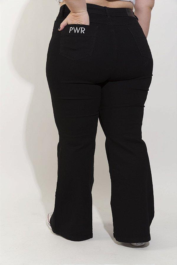 5ac190f8630 Calça Jeans Flare Larissa Preta Para BAIXAS - 787 Shirts