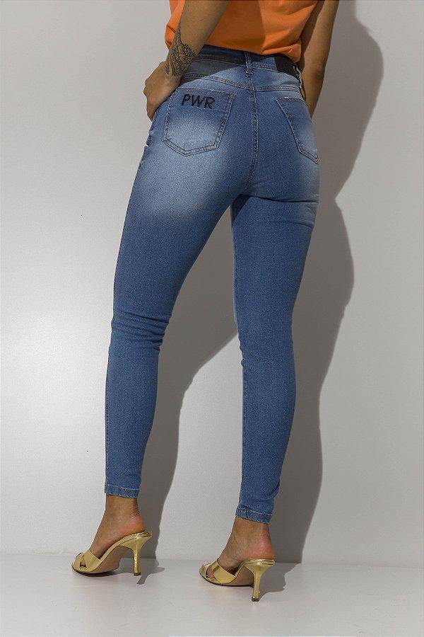Calça Jeans Skinny com Elastano Desfiada Karina