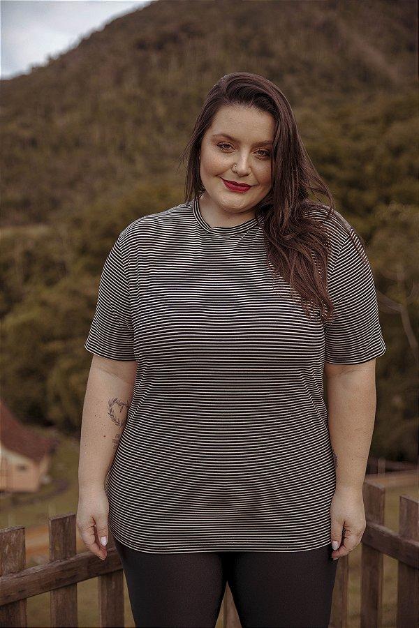 Camiseta Viscose Listrada Preta