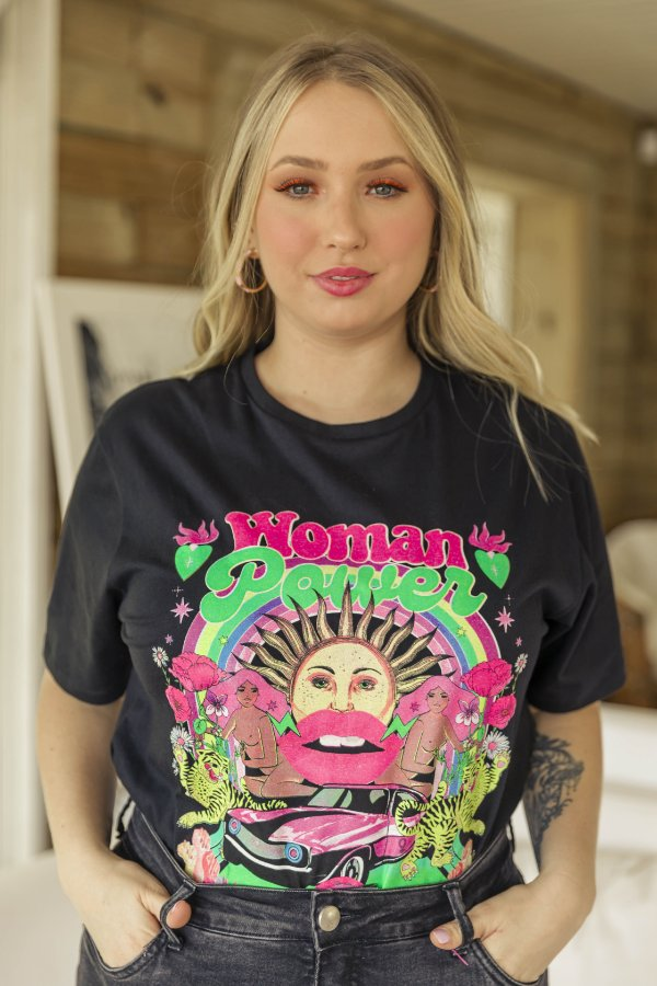 Camiseta Feminina Woman Power Preta