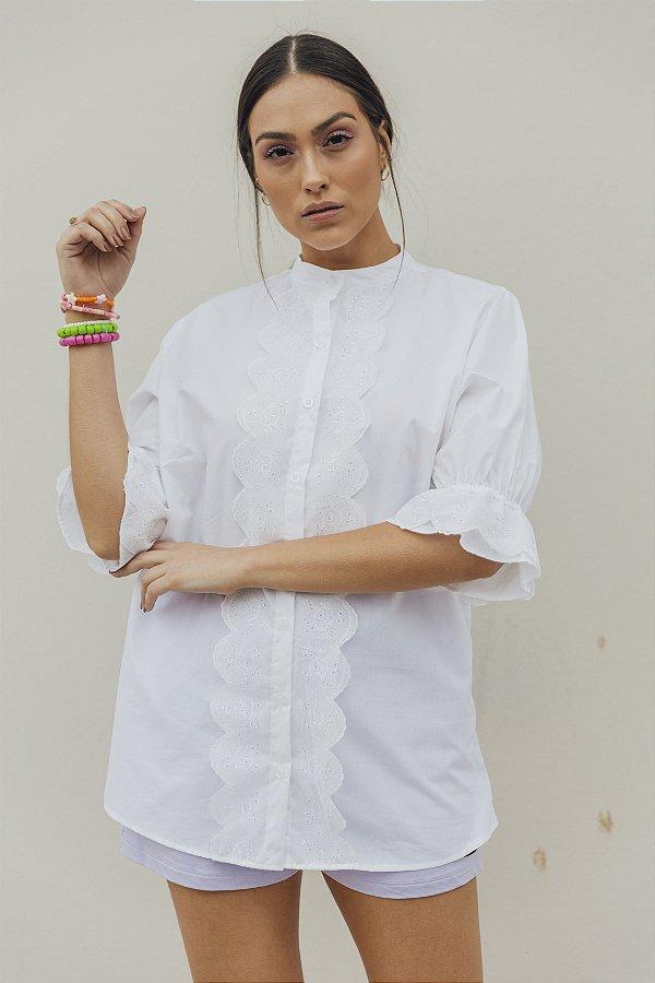 Camisa Alfaiataria Branca com Bordado Inglês