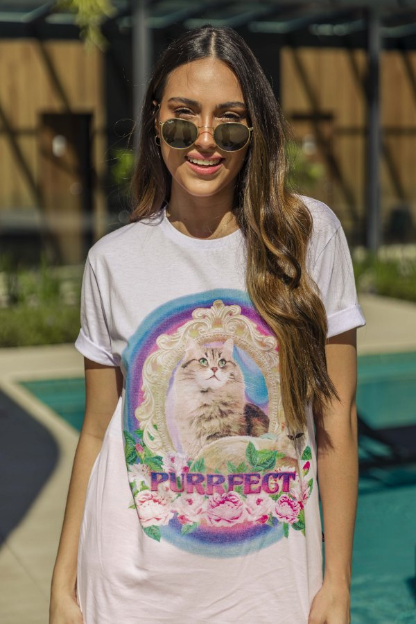 Camiseta Básica Cat Purrfect Branca