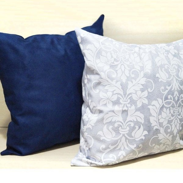 Kit Almofadas Flor Cinza e Azul Lisa 45x45