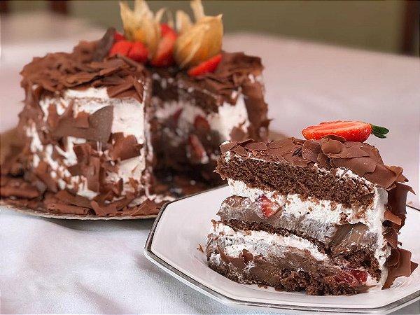 Torta Floresta Negra com Morangos