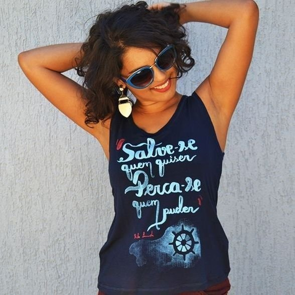 Camiseta Feminina Leminski