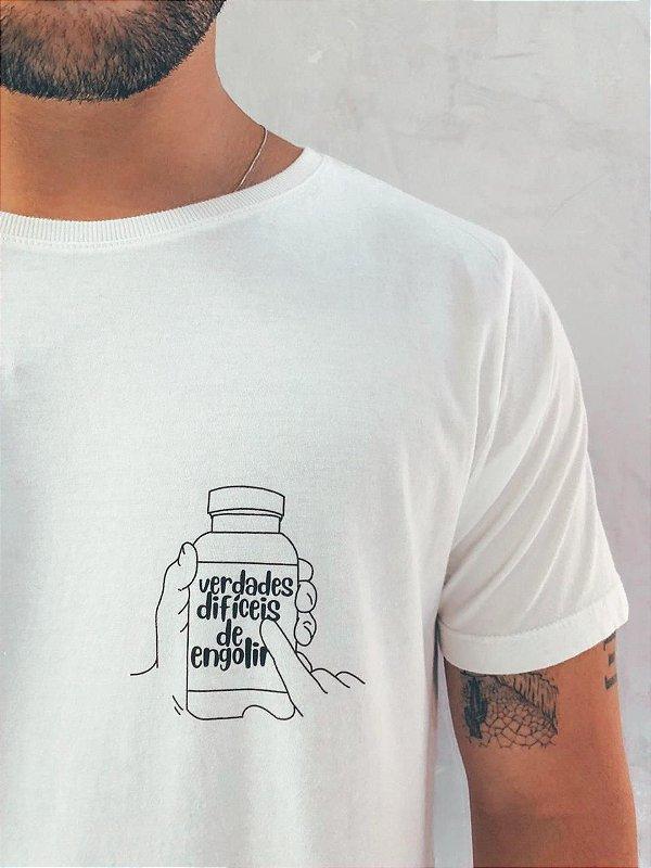 Camiseta  Figurinha verdades difíceis Off White