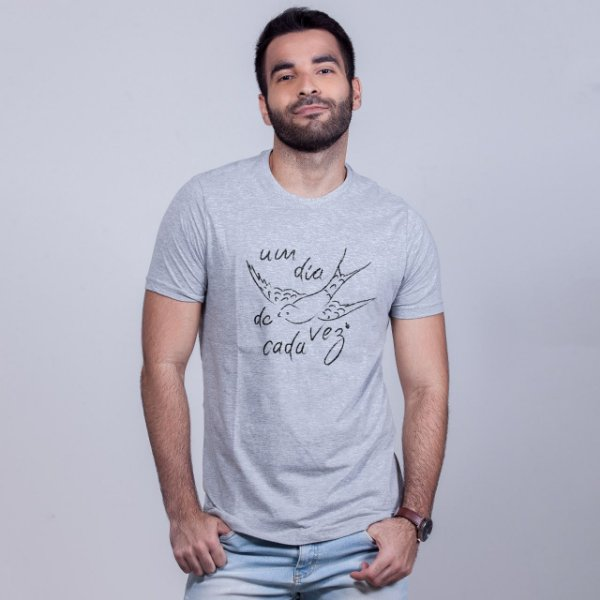 Camiseta Um Dia de Cada Vez Mescla
