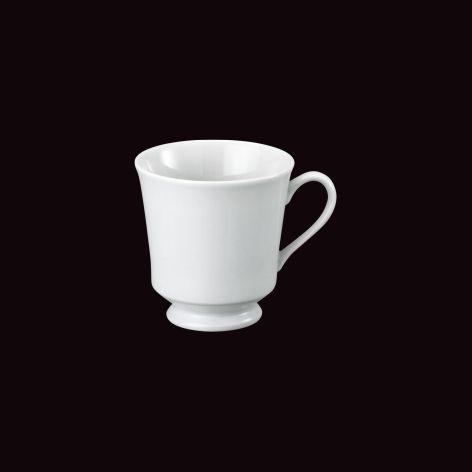 Xícara de café com pé itamaraty
