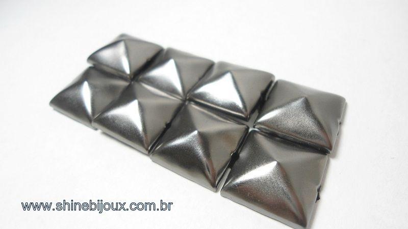 Tacha Cravo Pirâmide Spike 15x15mm Baxmann®