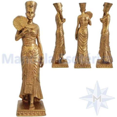 Deusa Nefertiti Dourada com Leque