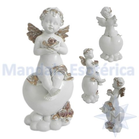 Anjo Branco com Flor na Mão