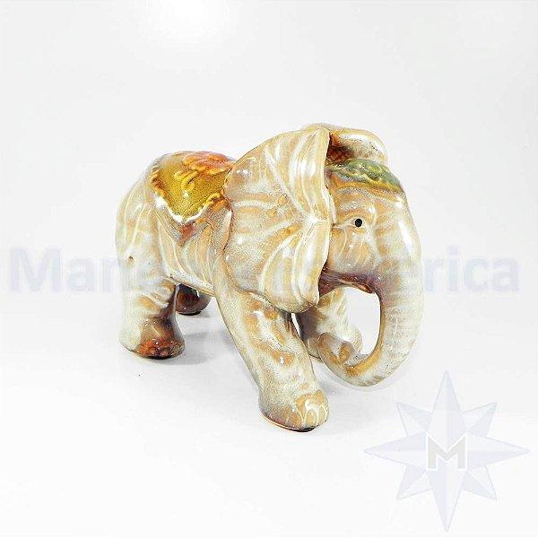 Elefante em Porcelana A