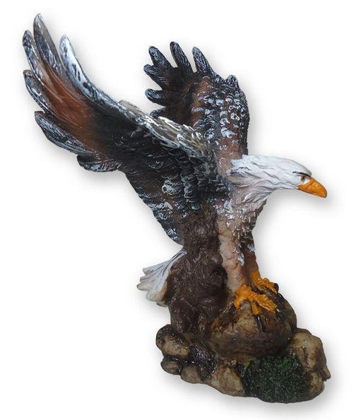 Águia com asas abertas P