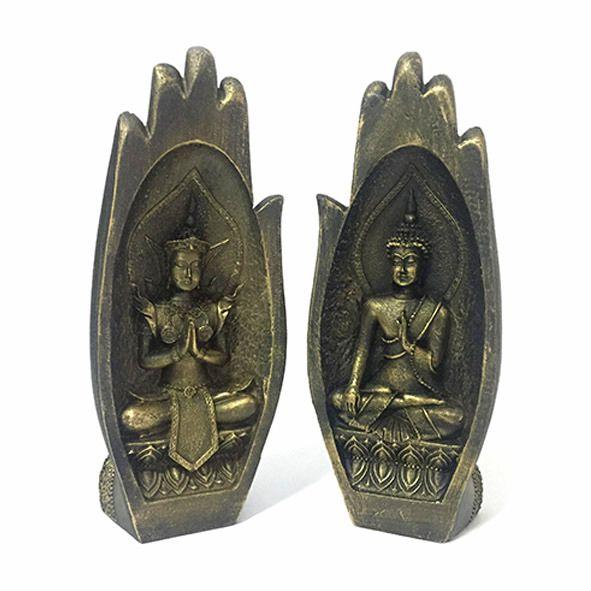 Mão com Budas Hindu