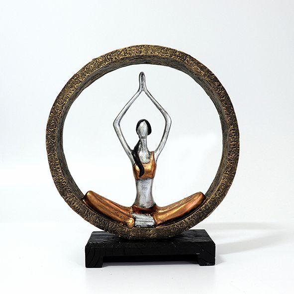 Estatueta Posição de Yoga Meditando no Arco