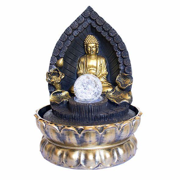 Fonte Buda no Trono com Bola de Cristal