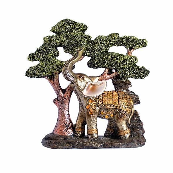 Elefante Sozinho na Árvore
