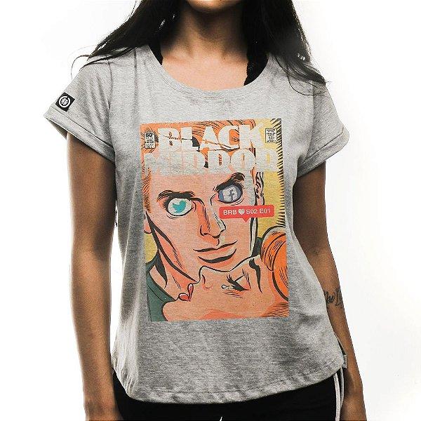 Camiseta Feminina Black Mirror