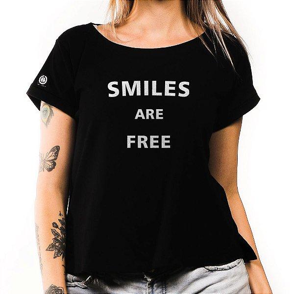 Camiseta Feminina Smiles