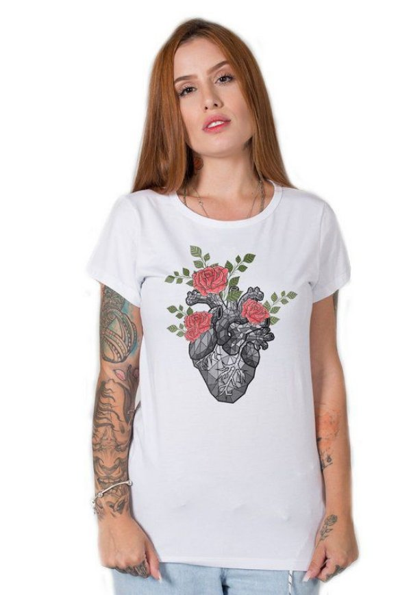 Camiseta Feminina Flowers Heart
