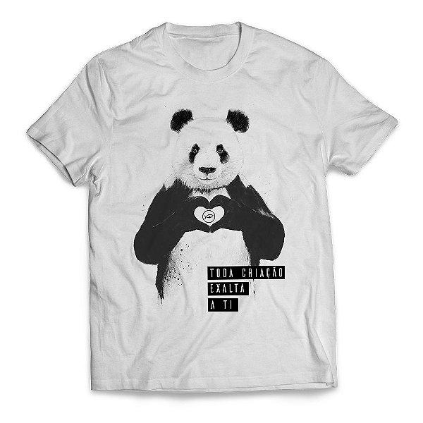 Camiseta Panda Toda a criação exalta a Ti