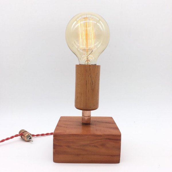 Luminária Fadista