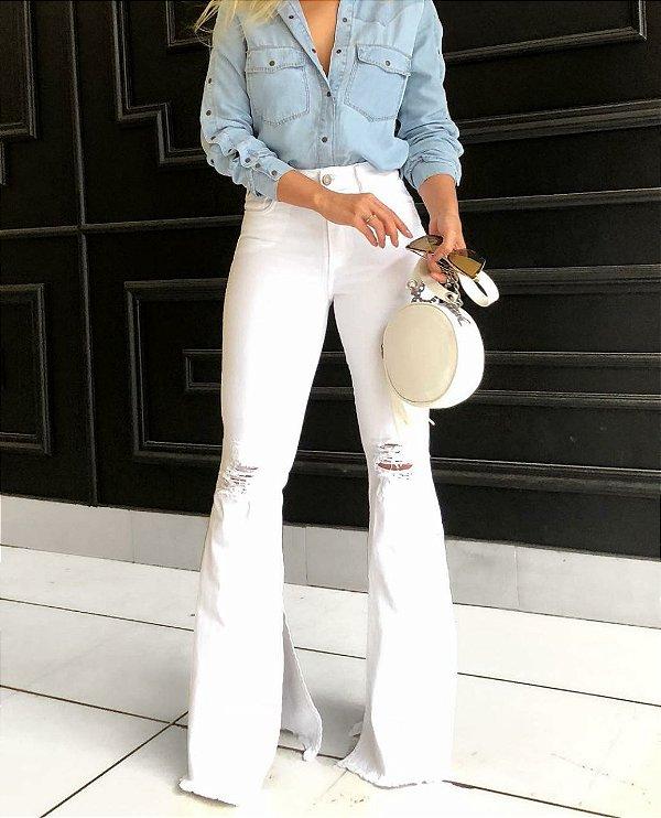 Calça Flare Branca Leona - Luttiê - Loja Online Multimarcas. 6715d92f9735e