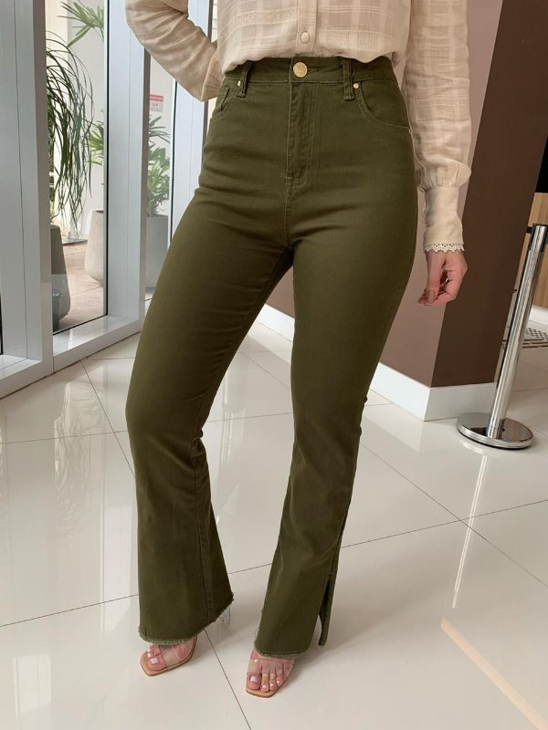 Calça Flare Color Tatiane Verde Militar