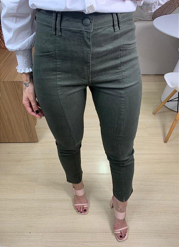 Calça Skinny Cotelê Verde Militar