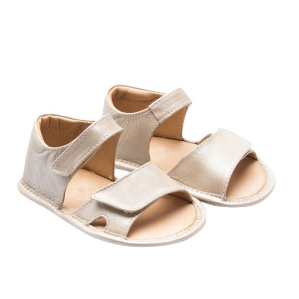 Sandália infantil Sheep Shoes by Gambo Gliter Creme