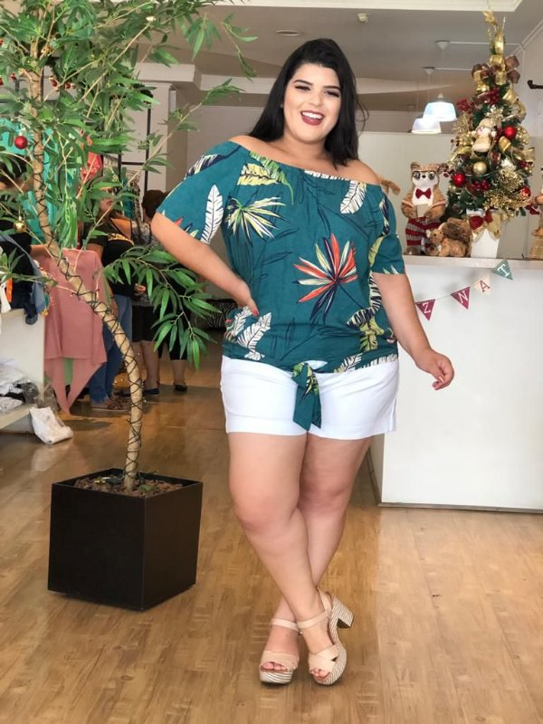 Blusa Model Green Plus Size