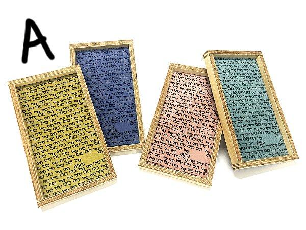 BANDEJA Expositora de Madeira Rústica Modelo: SANT_P VAZADO/PEQUENINOS cor Amarelo