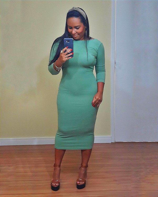 Vestido Decote Quadrado Verde Clorofila Dress to