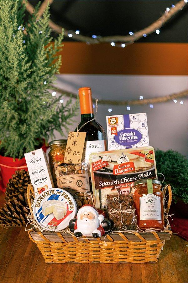 Cesta de Natal com Vinho e Queijos