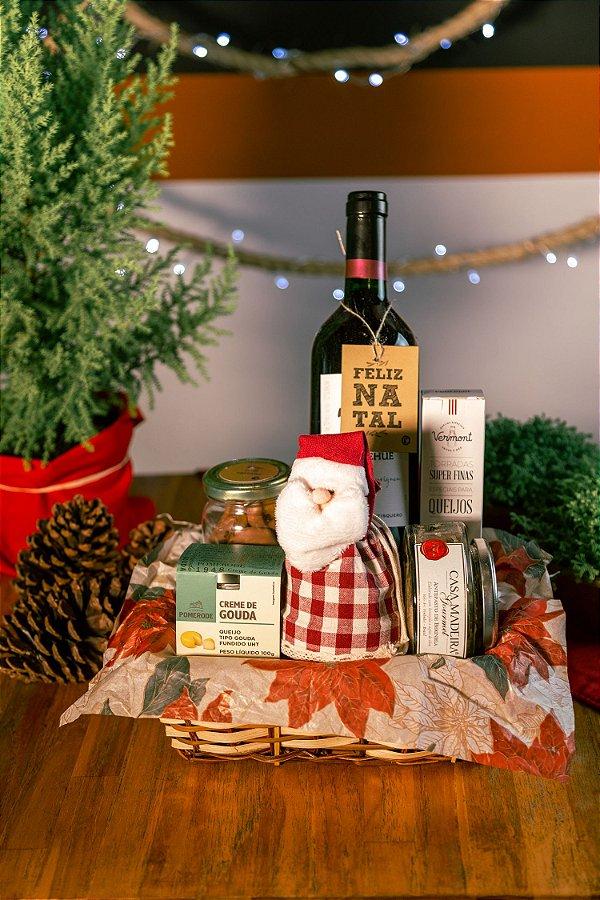 Cesta de Natal com Vinho e Antepasto