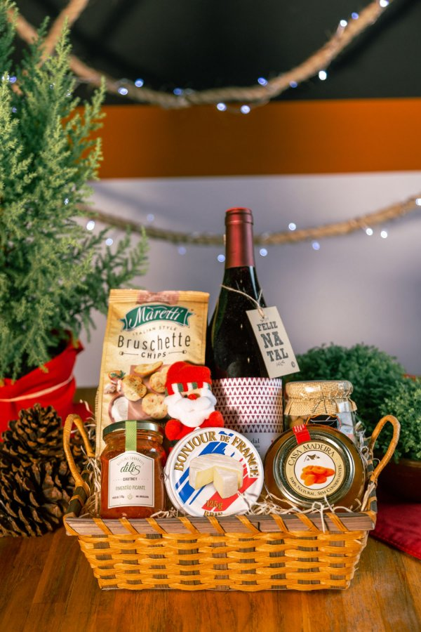 Cesta Vinho e Papai Noel