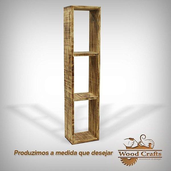 Torre de Nicho Decorativo com Madeira Envelhecida - 150x50x25cm