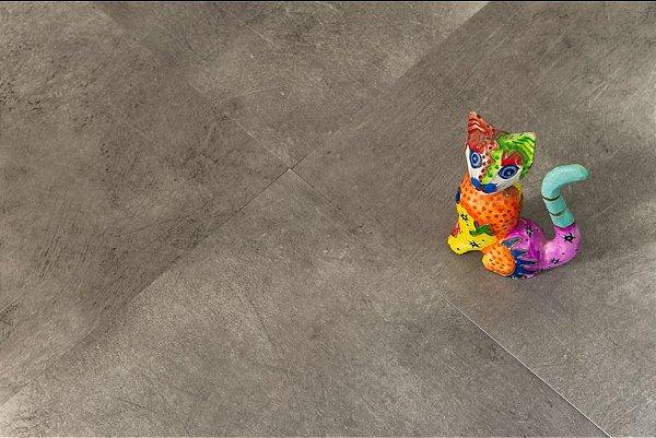 Piso Vinílico 3 mm Concretum Placas 91,4 X 91,4 CM cx 5,02m2