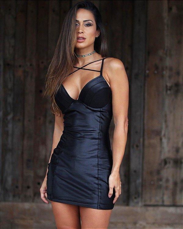 Vestido em cirrê com elastano preto