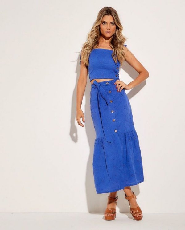 Conjunto saia midi e cropped laise azul royal