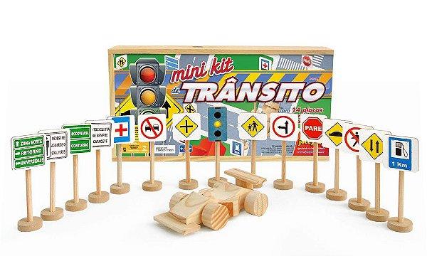 Mini Kit de Transito com 14 placas, 1 semáforo e 1 carrinho de madeira