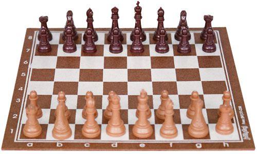 Xadrez 25x25 cm tabuleiro em MDF, peças em plástico com Rei de 5 cm. Shrink
